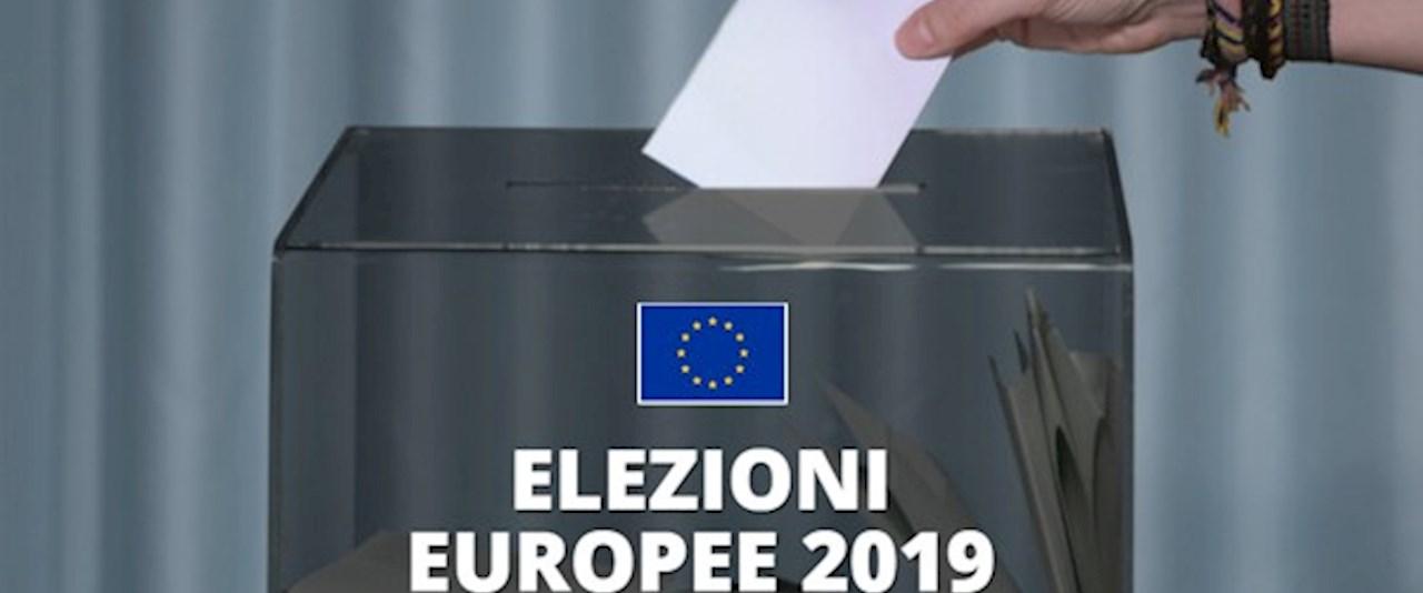 <a href='dettagli.aspx?c=1&sc=4&id=280&tbl=news'><div class='slide_title'><h3>ELEZIONE DEI MEMBRI DEL PARLAMENTO EUROPEO SPETTANTI ALL'ITALIA DA PARTE DEI CITTADINI DELL'UNIONE EUROPEA RESIDENTI IN ITALIA </h3></div><div class='slide_text'><span>I cittadini degli altri paesi dell'Unione Europea protranno votare in Italia per i membri del Parlamento Europeo spettanti all'Italia inoltrando apposita domanda al Sindaco del Comune di residenza ent ...</span></div></a>